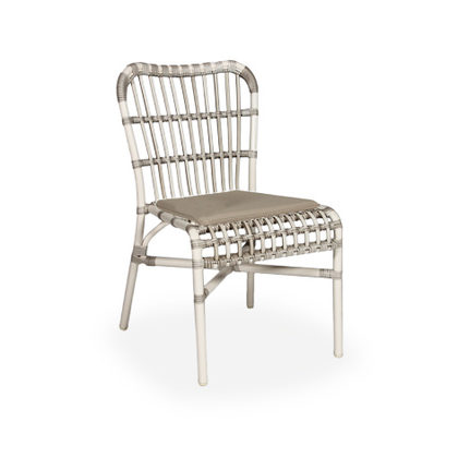 LUCY DINING CHAIR_OFF WHITE_POLYETHYLENE WICKER_83x50x60cm
