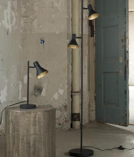 FLOOR LAMP MATT_BLACK_METAL_143x33x23cm