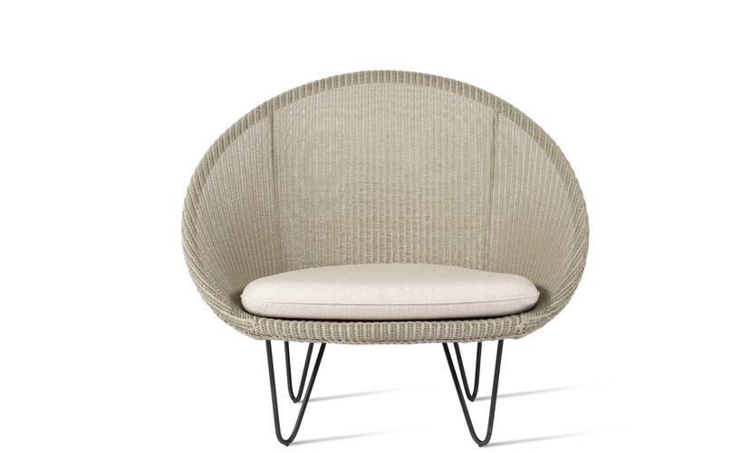 gigi cocoon chair 1